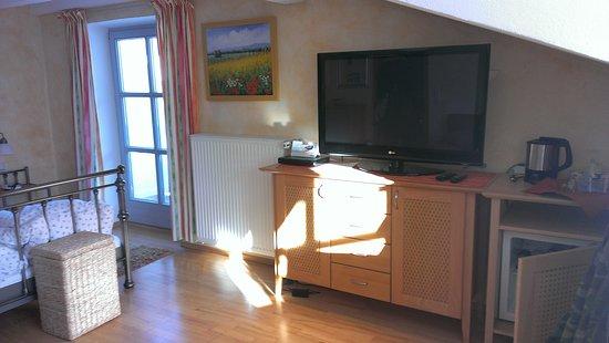Landgasthof Hotel Zum Hirschenstein: kleines Gästezimmer