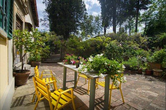Scandicci, Italia: corte in cotto