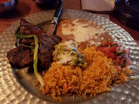 Silverdale, WA: Carne Asada perfectly cooked to order