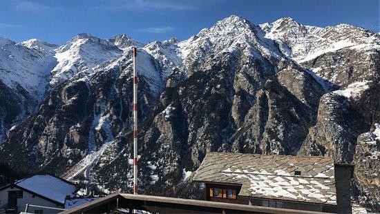 Matterhorn Valley Hostel Alpenrosli: photo0.jpg