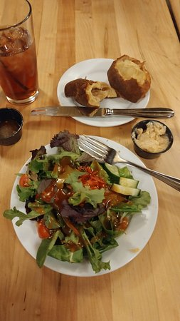 Superior, WI: Side salad was great! Love the French dressing. popover not so much.