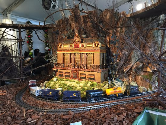 Nybg Holiday Train Show Picture Of New York Botanical Garden Bronx Tripadvisor