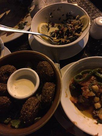 Arz lebanon dubai jumeira rd jumeirah restaurant for Arz lebanese cuisine
