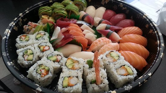 Fuji Market: Just one of our many delicious and nutritious sushi platters