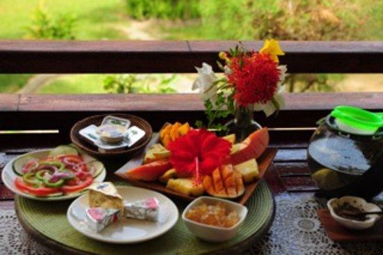Villas Du Voyageur: Frühstück mit selbst gemachter Marmelade
