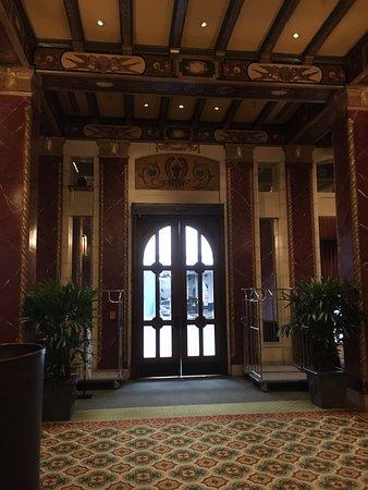 Serrano Hotel: Entrance