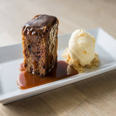 Cannington, UK: A lovely home made sticky toffee pudding 