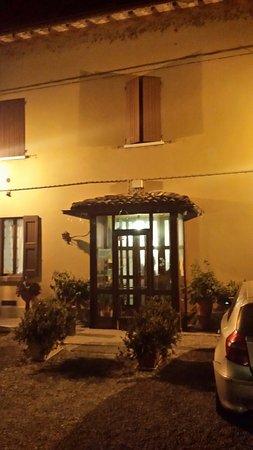 Vignola Photo