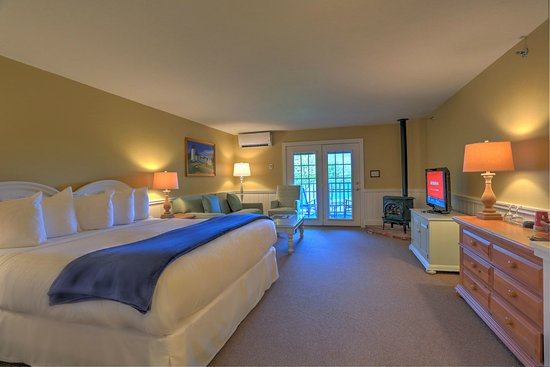 Spruce Point Inn Resort and Spa: The Lodges at SPI