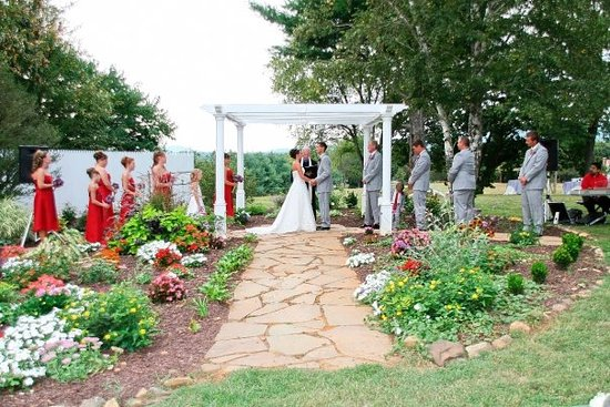 Madison Heights, Virginie : One of Winridge Manor's ceremony sites