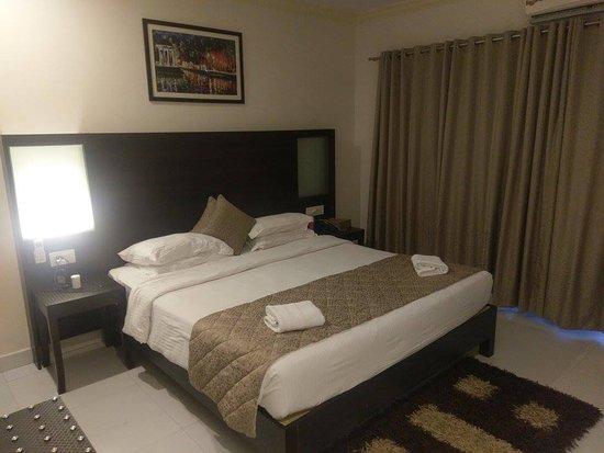 Resort Terra Paraiso: Modern room with double bed