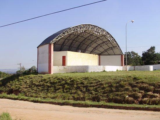Ibiuna, SP: Palco abandonado - Mirante da Figueira - ibiúna