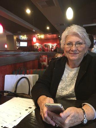 Brea, Californie : Red Robin Gourmet Burgers