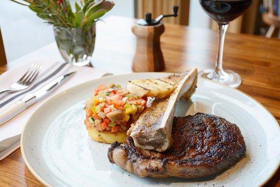 Jenner, Kalifornien: Grilled Creekstone 21 Day Dry Aged Rib Eye Steak