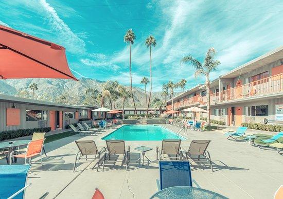 Foto de Skylark Hotel