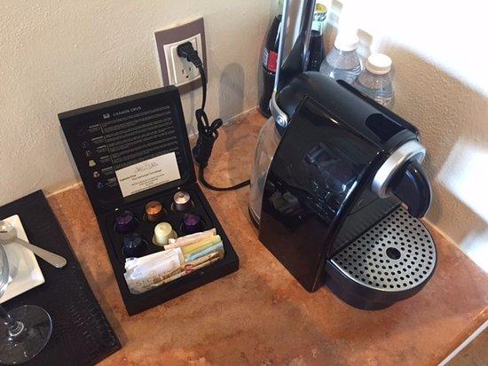 Secrets Maroma Beach Riviera Cancun: Nespresso Machine in the room