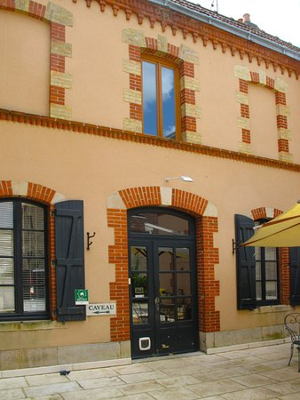 Maison Joseph Drouhin - Tasting room entrance
