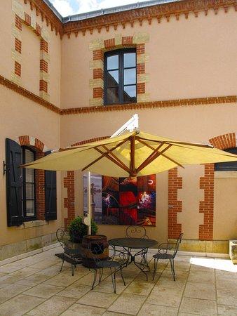 Maison Joseph Drouhin - Patio