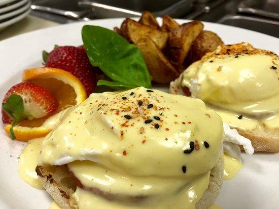 Milpitas, Kalifornia: Brandon's Egg's Benedict