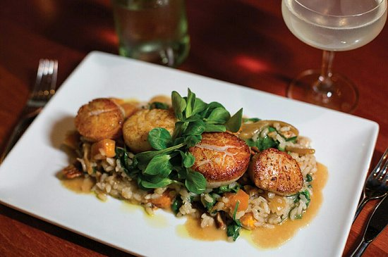 Warren, RI: Seared Sea Scallops over butternut squash risotto