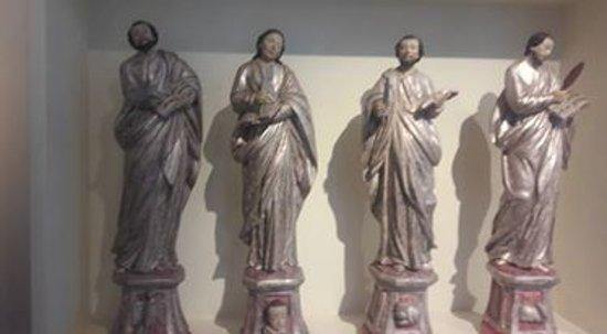 Misericordia Museum: acervo religioso obras  sacras