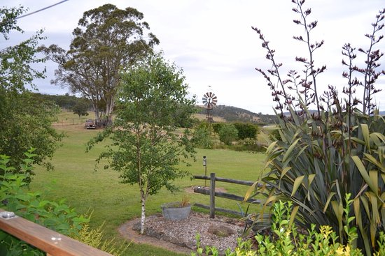 New Norfolk, Austrália: View from Berryfields Cabin at Duffys