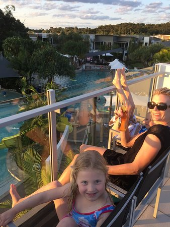 RACV Noosa Resort: Us on our rooftop balcony enjoying a drink on sunset