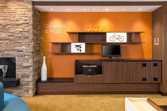 """Connect and Print"""" right in our lobby with our complimentary business center."""