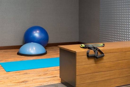 Maintain your fitness goals in our brand new fitness center with free weights, treadmills, and e