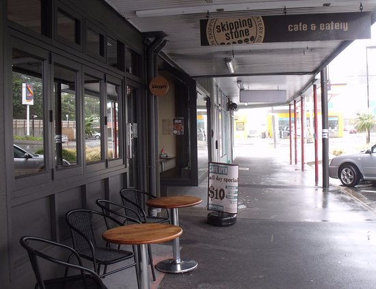 Kilbirnie, New Zealand: Skipping Stone Cafe