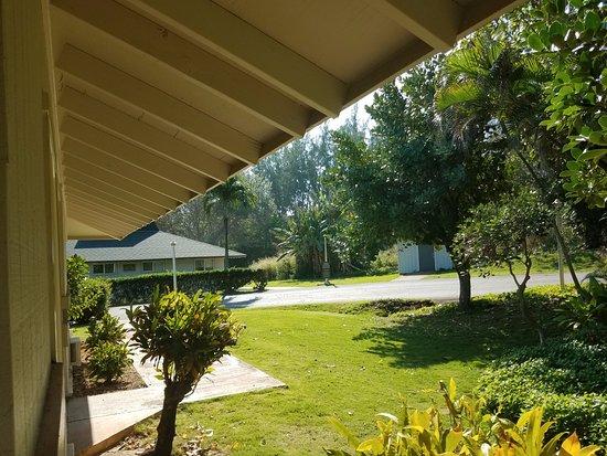 View From Patio To Backyard Of Cottage Picture Of Hilton Garden Inn Kauai Wailua Bay Kapaa