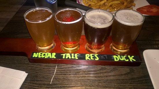 Timonium, Μέριλαντ: Draft beer flight sampler