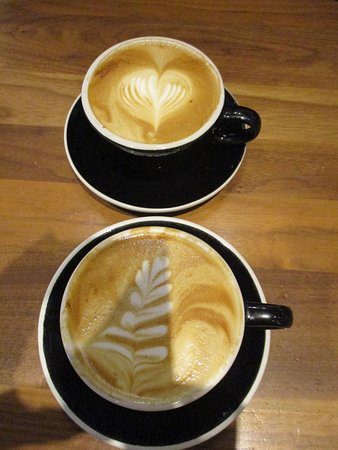 Mudhouse Coffee: cappucchinos