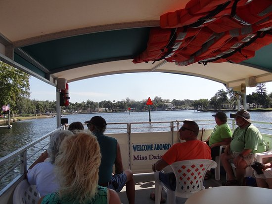 Port Richey, FL: Miss Daisy Boat Tour