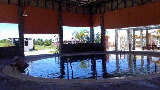 Termas de La Paz: piscina cubierta