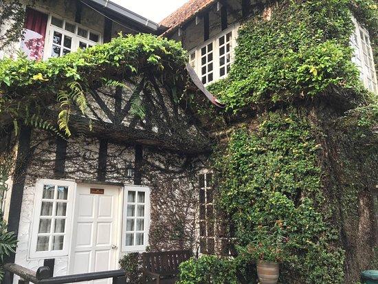 Planters Country Hotel & Restaurant: photo0.jpg