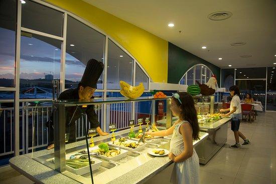 Kid's Buffet Dinner at Bricks Family Restaurant - Picture ...