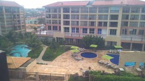 vista del bloque principal del hotel tomada desde el beach park picture of wellness beach park. Black Bedroom Furniture Sets. Home Design Ideas