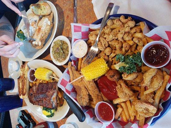Stafford, TX: Razzoo's Cajun Cafe