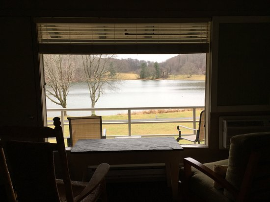 Bedford, VA: View out on Otter Lake
