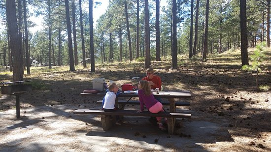 Keystone, SD: Quiet picnic location