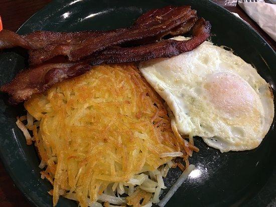 San Ramon, CA: Applewood smoked bacon breakfast with two eggs