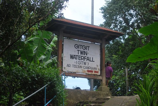 Air Terjun Gitgit: Entry to the GitGit waterfall