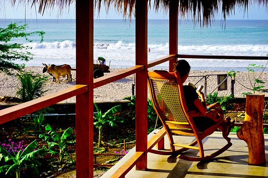 Popoyo, Nicaragua: Cafe con Leche has an awesome view. Best surf spot in Nicaragua.