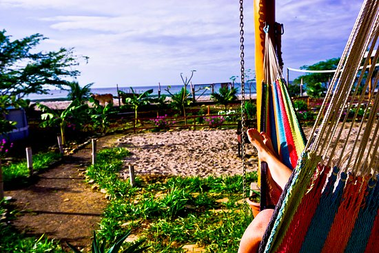 Popoyo, Nicaragua: Cafe con leche is a relaxing place. Best surf spot in Nicaragua.