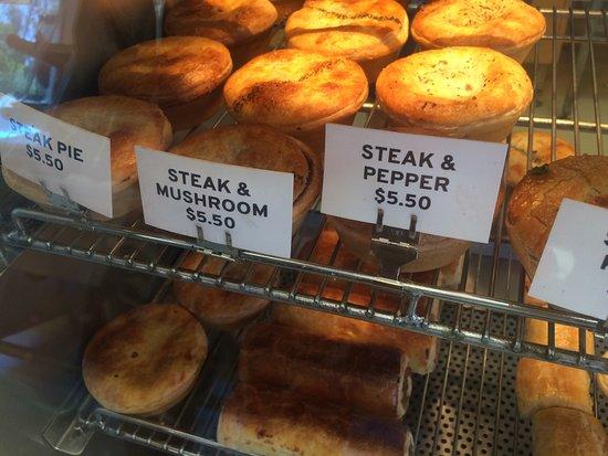 Scarborough, Australia: Steak & cheese pie