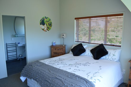 Coatesville, New Zealand: One of the upstairs rooms
