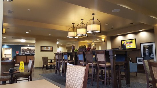 Hampton Inn Winfield: 20170106_093028_large.jpg