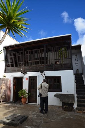The locations of the 2 cesar manrique houses picture of - Casa museo cesar manrique ...