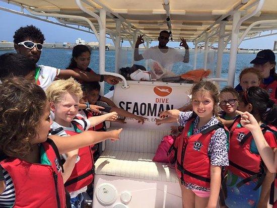 Al Mussanah, โอมาน: Group snorkeling trips